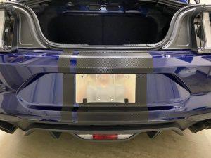 フォードマスタングストライプラッピングリアバンパー完成