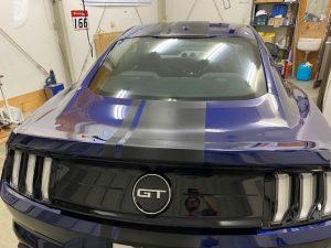 フォードマスタングストライプラッピングトランク施工完成