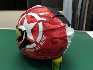 ショウエイネオテックヘルメットラッピングテスト貼り