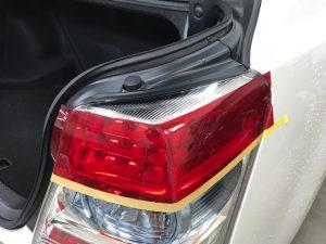 トヨタSAIテールランプ右側面貼り完成カット後