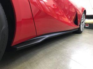 フェラーリ812スーパーファストカーボンラッピングサイドステップ