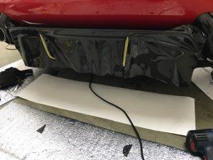 フェラーリ812スーパーファストカーボンラッピングリアディフェーサー施工中