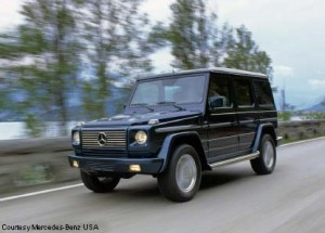 G500 sport utility, black, driving shot, on-road, driving shot, 3/4 front